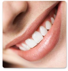 How is our Carbamide Peroxide Teeth Whitening Kit different from